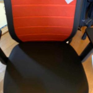 新しい息子の椅子😄 ①