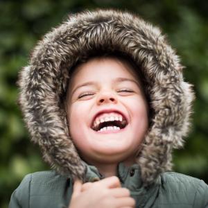 【超簡単】ハッピーセットを頼むだけで子供の笑顔が増える方法【マクドナルドハウス】