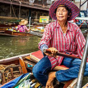 【旅の一枚】タイ ダムヌンサドゥアックの水上市場①