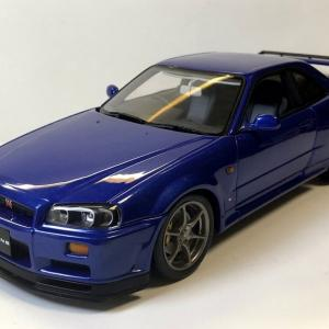 1/18 オートアート 日産スカイラインGT-R V-spec(R34) ベイサイドブルー