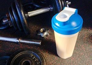 運動前のアミノ酸と運動後のプロテインは本当に効果あるのか考えよう