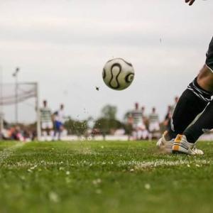 サッカー 今季のJリーグは降格なしに決定を受けてどうなる?【J1、J2の来季のチーム増が決定】