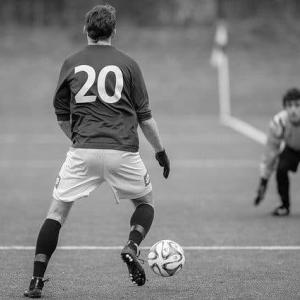 サッカー|30代男子が選ぶ歴代日本人ストライカー9選【レジェンドから現日本代表まで】
