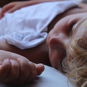 ライフスタイル|寝なくても死ななくなる?寝不足による『死』のメカニズムが解明される