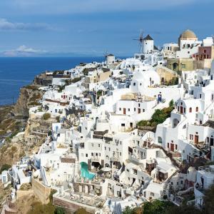 【ギリシャ】サントリーニ空港からバスでイアまで行くには