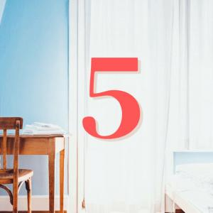 ミニマリストの部屋を目指すなら読むべき本5選(写真メイン)