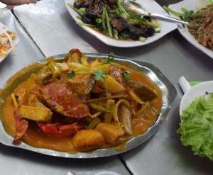 カニ料理phong cuaで、コロナ終息お祝いランチ会。