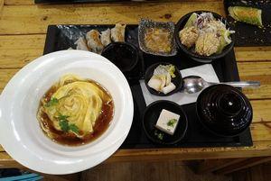 満マルでランチ、25食目は天津飯セット。