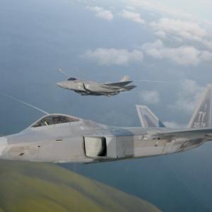 〇ステルス戦闘機機密から対空レーダー部品まで 韓国人が不正取引