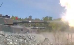 ☆陸上自衛隊 第2師団による総合戦闘射撃訓練の様子など