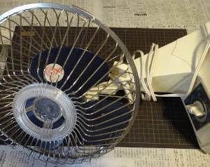 古い扇風機をバラしてみた