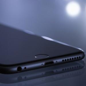 アップル iPhone SE購入