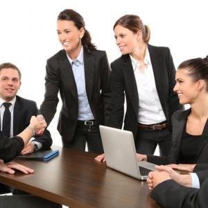 コミュニケーションによって仕事を楽しく進めよう