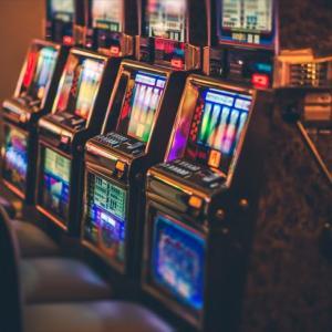 オンラインカジノの連敗中に試すと効果的な攻略法は?連敗からの脱出法を伝授