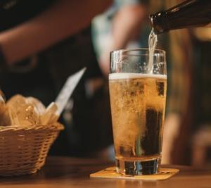 1人飲みを居酒屋で実践しても出会いは難しい!?【悲報】