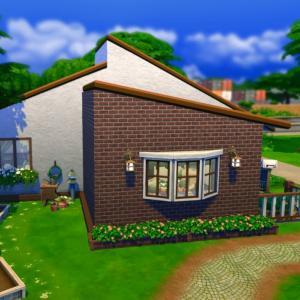 ファミリー向けタイニーハウスを、ベースゲームのみ、お値段抑えめで建ててみました。夫婦2人+子供2人(小学生&幼児)ですぐ暮らせます...