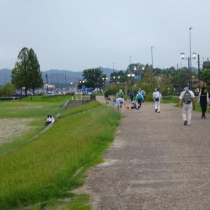 大津なぎさウォーク(夏の終わりの夕暮れ・琵琶湖畔を歩こう)