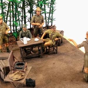 「目線こちらにくださーい」1945年初夏 ビルマ バゴー近郊