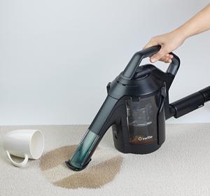 家の掃除機を使ってシリウスのスイトルで普段洗えない所を水洗い♪