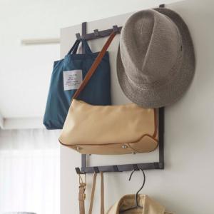 ドアハンガーにバッグやコートを掛けてスッキリ収納!選び方とおすすめアイテム