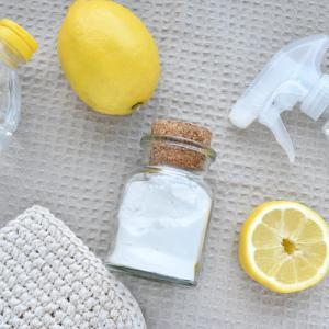 今更聞けないナチュラル洗剤の基本!重曹とクエン酸の使い分け方とお掃除方法