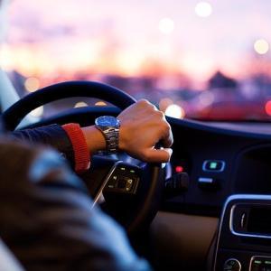 今日から車検。慣れない代車の運転がとても怖い…
