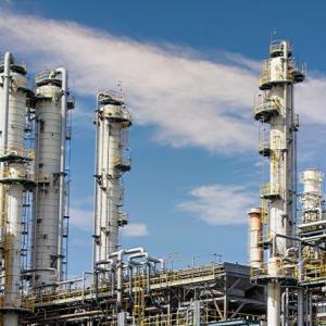 原油先物価格マイナス、「買い」を入れれば大儲けできるのか?