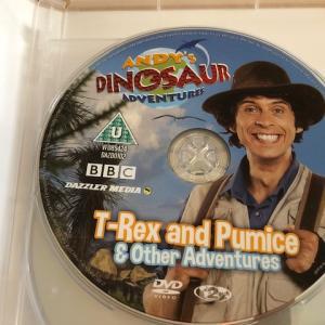 Andy's Dinosaur Adventures のレビュー!恐竜好きな子におすすめ英語DVD♪