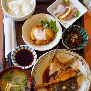 中央区大名お魚定食のお店【マルワ食堂】。