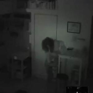 深夜に未解決事件を読んだワイ、ダッシュで玄関の鍵閉める「後ろ向いてみ?」「窓やぞ?」「家のなかに他人が1年以上潜んでた事件あったよな」
