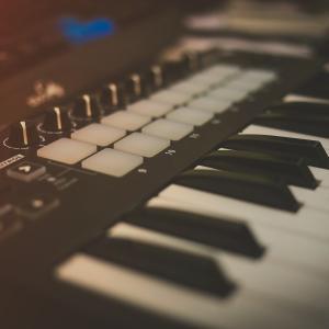 MIDIキーボードってどう選べばいいの?選び方解説とオススメ紹介!