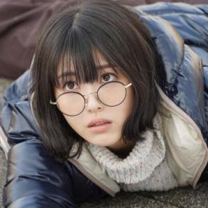 【ウチカレ】浜辺美波(水無瀬空)がドラマで掛けてるメガネはどこのブランド?メガネ姿がかわいいと話題に!