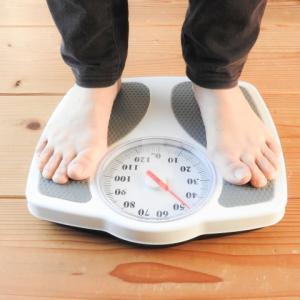 ダイエット まずは体重計に乗るべし!