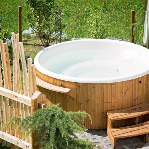 【令和最新】訪問入浴の浴槽について価格、大きさ、重さ、全て解説