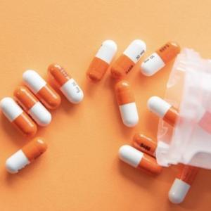 【抗生物質でおならが増える?】ジスロマックの副作用「放屁」