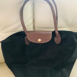 仕事用のバッグ