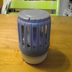虫よけライト 洗える バッテリー式のランタン。 効果のほどは?!