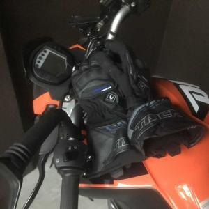 KTM DUKE200    電熱グローブに癒された。