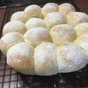 ちぎりパン美味しくできた〜