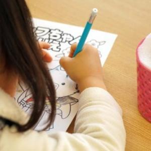 子供が塗り絵をできるようになるのはいつから?