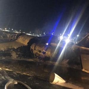 【墜落大炎上】フィリピン二ノイアキノ空港から東京行きチャーター機に医療関係者8人全員死亡し、コロナ医療物資も積んでた模様