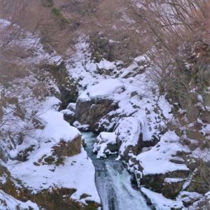 2021年 2月6日 宮城県仙台市の秋保大滝