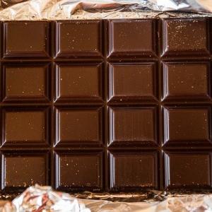 とろけるキャラメルパウダー+甘いホワイト最高級チョコが通販で買えます