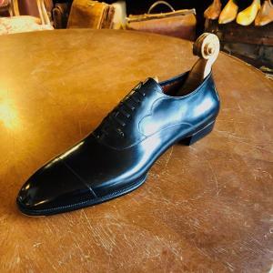 フライブルクのパトリック・フライで革靴をビスポーク①
