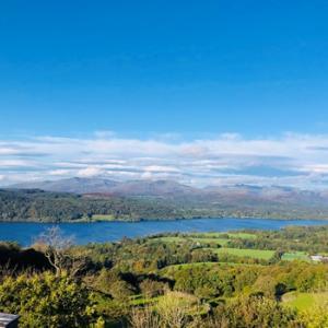 【湖水地方】絶景!ウィンダミアの見どころ