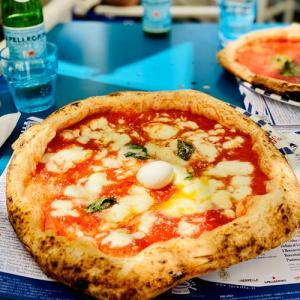 地元っ子おすすめ!ナポリの2強ピザを食べてみた