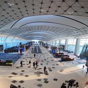 香港国際空港から関西国際空港へ