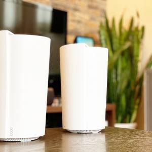 【Deco X90 レビュー】メッシュWi-Fiの最上級!AIメッシュとトライバンドに対応したWi-Fi 6ルーターのハイエンドモデル