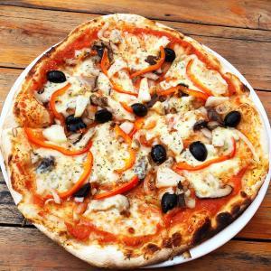 【ラオス】ルアンパバーンで本格的ピザを食べてみた