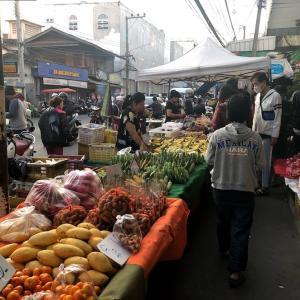 【チェンマイ】チャーンプアック市場の朝と夜